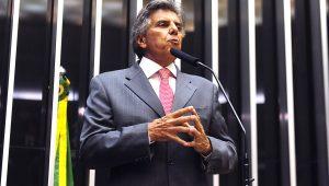 Congresso deve continuar votando medidas econômicas, diz vice-líder de Temer