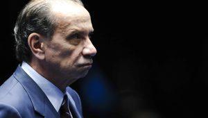 Em ligação com presidente Trump, Brasil justificará que não é ameaça aos EUA, diz ministro