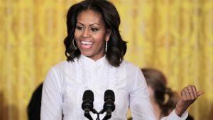 """Michelle Obama faz agradecimento emocionante à equipe de """"Pantera Negra"""""""