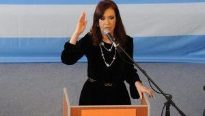 Cristina Kirchner é indiciada por acusações de suborno