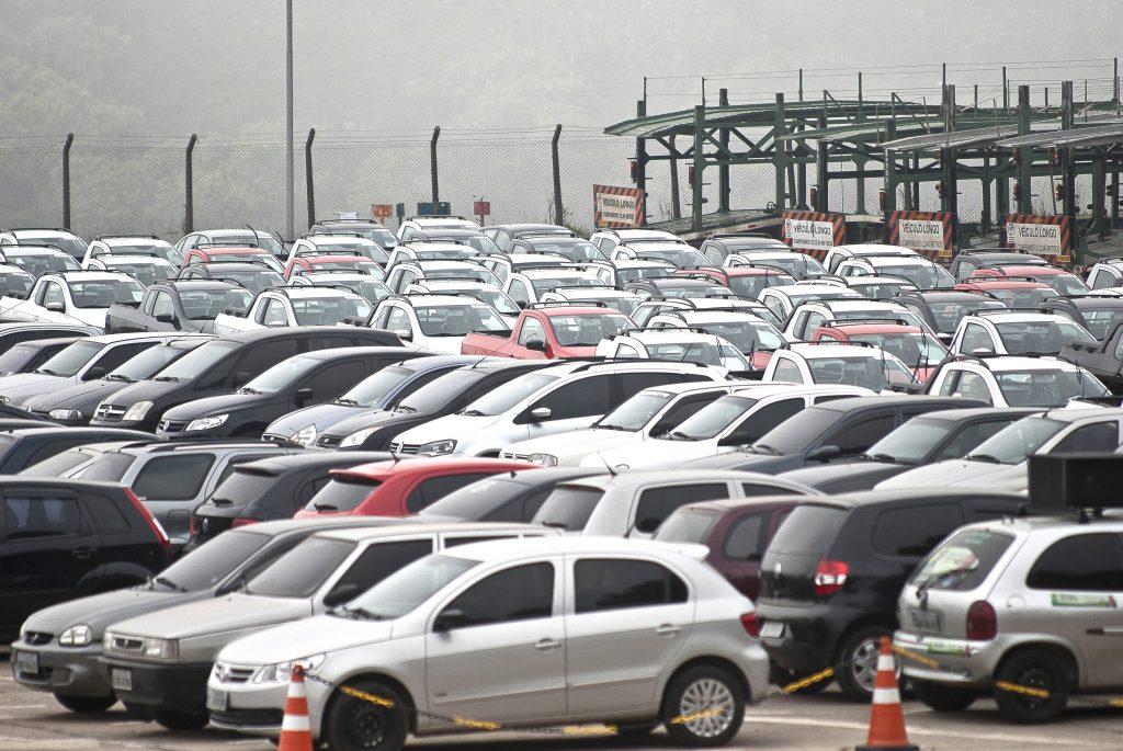 132dac330ad0 Marcelo Camargo/Agência Brasil No acumulado do ano, as montadoras  produziram 965,4 mil veículos, queda de 0,1% em relação a igual intervalo  do ano passado