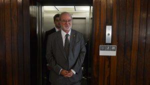 Justiça mantém prisão de ex-governador Eduardo Azeredo