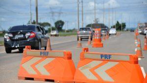 Militares e policiais fazem ação em rodovias do Estado do RJ