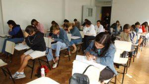 Fies abre inscrições e estudantes devem se adaptar às mudanças no programa