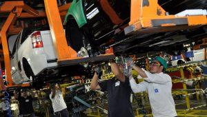 GM quer 'redução drástica de direitos' para investir, diz sindicato