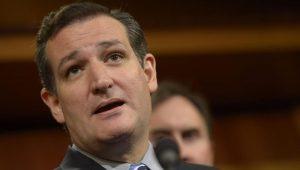Senador Ted Cruz é alvo de protestos e abandona restaurante em Washington