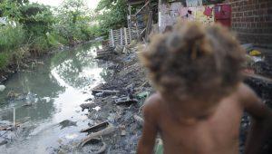 Quase 9,5 milhões de crianças brasileiras até 14 anos vivem na extrema pobreza