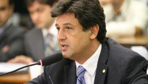 Novo ministro da Saúde defende o SUS e diz que sistema precisa de cuidado