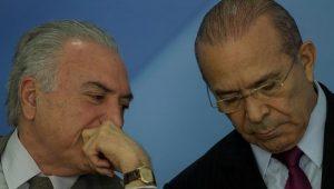 Temer conseguiu fazer alteração em mais de cem pontos da CLT, diz Padilha