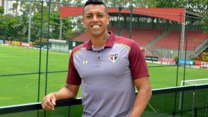 Recuperado de lesão, Sidão treina normalmente e pode voltar ao gol do São Paulo