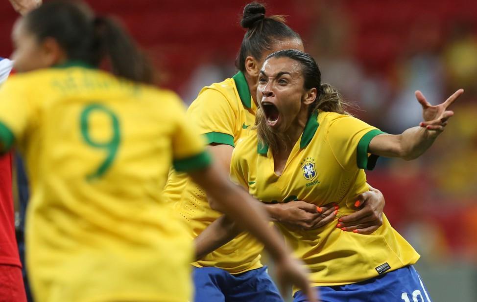 Rio 2016 começa com Brasil em busca do ouro no futebol feminino ... 83c6a27f79587