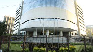TRF-4 manda bloquear R$ 3,57 bilhões de MDB, PSB, políticos e empresas