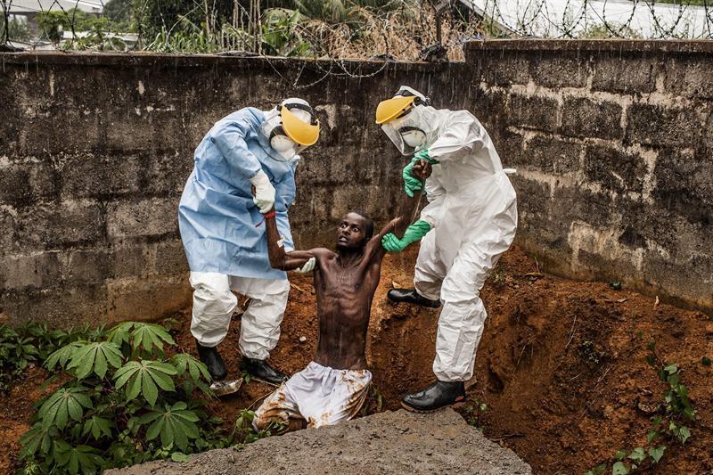 [Imagem: 2266916584-ebola.jpg]