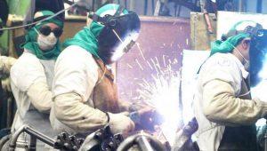 Produção segue em queda, mas empresário está otimista, revela CNI