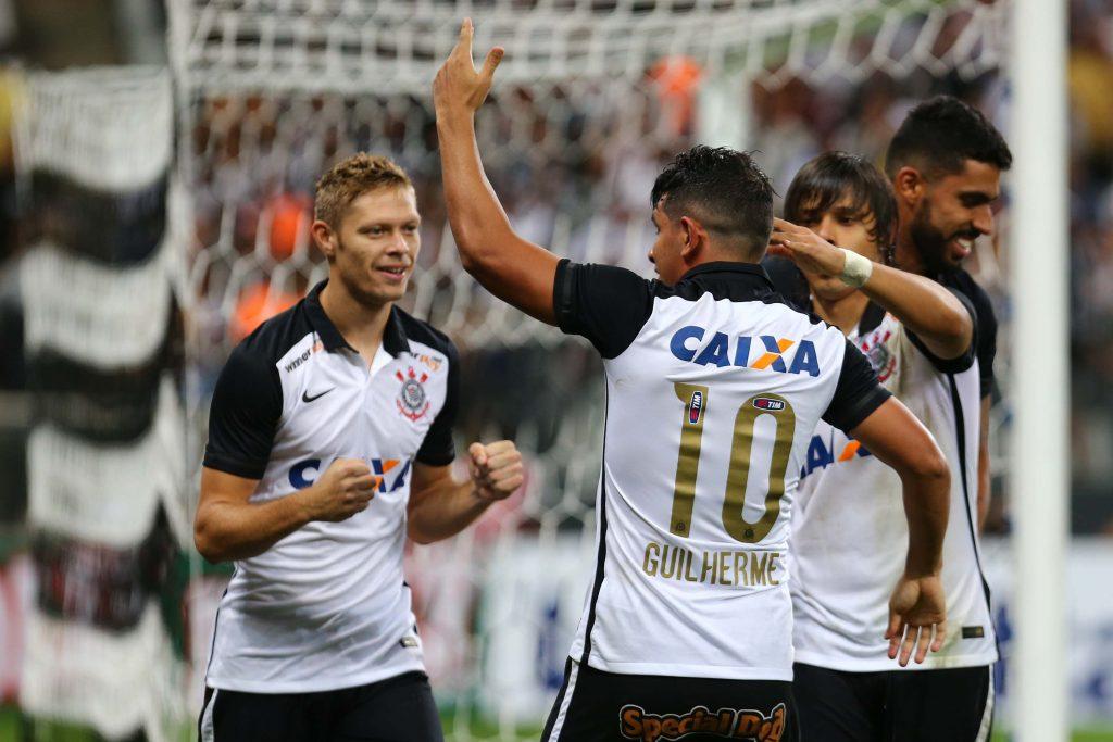 e11c7725b75fd ... comemora gol durante partida entre Corinthians x Capivariano