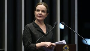 Lula diz que absolvição de Gleisi foi a primeira reação do STF contra delações