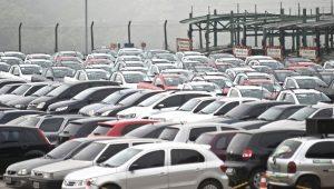 Vendas de veículos em junho estão 15% abaixo de maio, diz presidente da Anfavea