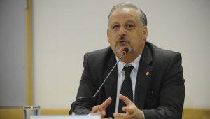 STF arquiva investigação contra ex-ministro Berzoini
