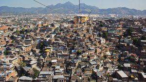 Forças de segurança fazem segundo dia de operação em favelas do Rio