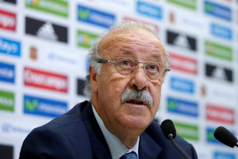 Del Bosque anuncia pré-lista da Espanha para a Eurocopa sem Diego ... d106b9bb33301
