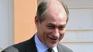 Ciro Gomes delira ao acreditar que PT aceitará ser vice em chapa