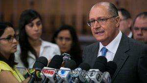 """Sem crescimento, Alckmin, """"não tem solução"""""""