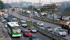 Domingo tem frota de ônibus reduzida em SP; rodízio continua suspenso