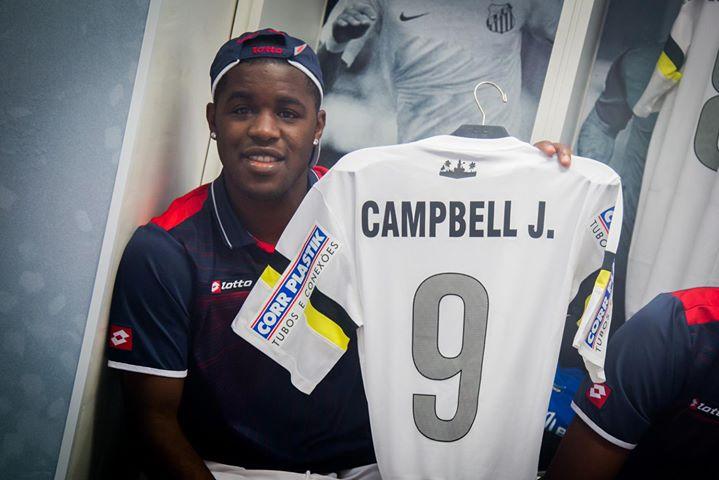 Santos presenteia jogadores da Costa Rica com camisas do clube ... 4bc95d343aff7
