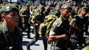 Oposição trava debate e Comissão adia definição sobre aposentadoria de militares
