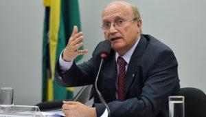 Serraglio relata pressão de Aécio para nomear delegado da PF