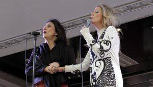 Evandro chora com dueto de Luiza e Zizi