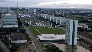 Ministérios: Bolsonaro ainda não definiu se Esporte será fundido com Educação