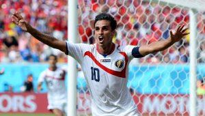 Destaque da Costa Rica anuncia que está perto de acertar com o Santos