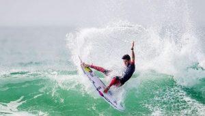 Filipinho cai nas quartas e Tomas Hermes perde na semifinal em Gold Coast