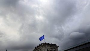 Prazo dos EUA não parece prazo realista para conversas sobre tarifas, diz UE