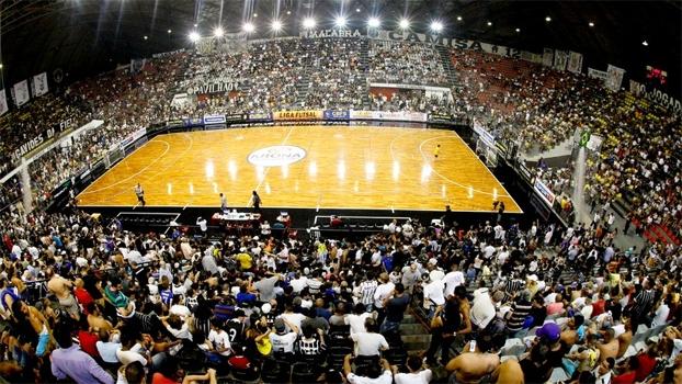 40937359cb Time de futebol de salão do Corinthians lota ginásio e é um verdadeiro  sucesso