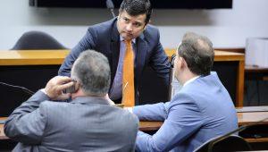 Lava Jato faz buscas em gabinetes do deputado Eduardo da Fonte e do senador Ciro Nogueira