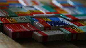 Laboratório dono de patente de medicamento contra hepatite C manterá desconto do SUS