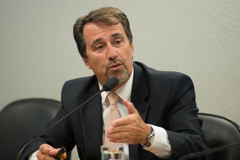 Temer aceita indicação e Gilberto Occhi será ministro da Saúde