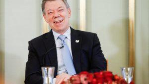 Colombianos vão às urnas para escolher novo presidente