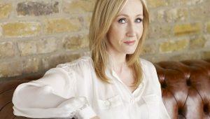 Novo livro de J.K. Rowling será lançado no Brasil em maio