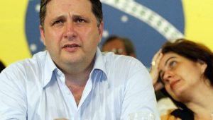 Ex-governador do RJ, Anthony Garotinho é internado com dores no peito