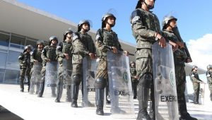 Marco Antonio Villa: Exército não rima com política
