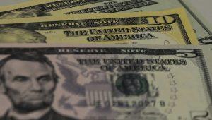 Dólar registra queda no segundo dia consecutivo e fecha em R$ 4,07