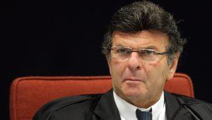 Fux envia ação à Justiça Federal contra a candidatura de Renan Calheiros à presidência do Senado