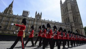 Câmara Alta do Reino Unido quer reformar regras para divulgação de pesquisas eleitorais