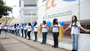 Rio instala 'botão de pânico' em escolas na tentativa de minimizar violência