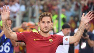 Fim da aposentadoria? Aos 42, Totti recebe proposta de time inglês para voltar a jogar