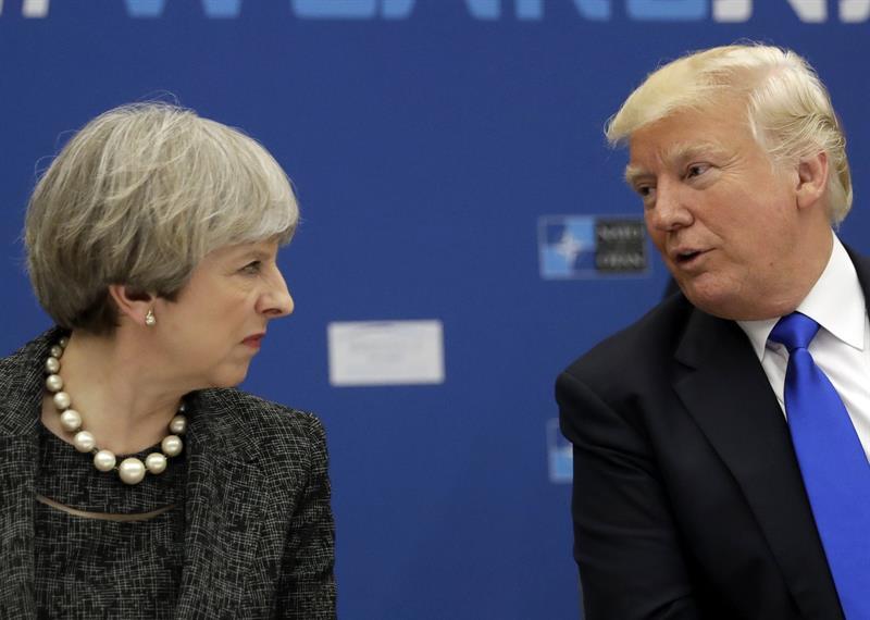 """May expressa a Trump """"profunda preocupação"""" com tarifas ao aço"""
