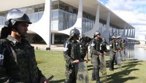 Vera Magalhães: Ausência de militares na reforma gera ruídos ruins ao Governo